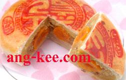 ขนมเปี๊ยะสูตรต้นตำรับ ไ้ส้ถั่วฟักขายเค็ม ขายดีที่สุดค่ะ อร่อยมากๆ รับจัดเป็นขนมหมั้น ขันหมาก พิธีไทยและจีนค่ะ